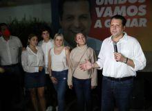 Mario Zamora reconoce su derrota y dice que junto con su familia se mantiene de pie